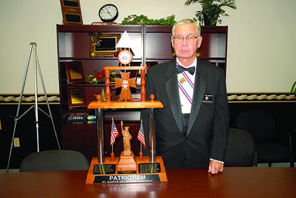 Tom Moran wins patriotism award