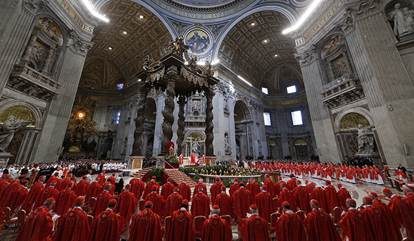 Cardinals attend Mass for election of Roman pontiff in St. Peter's Basilica