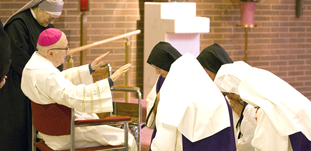 Archbishop Emeritus Daniel E. Pilarczyk blesses religious sisters gathered at the World Day for Consecrated Life on Feb. 2. (CT Photo/Colleen Kelley)