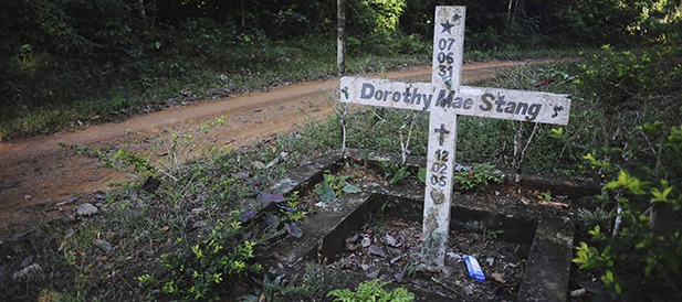 A cross stands on the spot where U.S. Sister Dorothy Stang, a member of the Sisters of Notre Dame de Namur, was murdered Feb. 12, 2005, on an isolated road near the Brazilian town of Anapu June 7. (CNS photo/Lunae Parracho, Reuters)