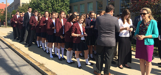 Students from Royalmont Academy pray the rosary on a sidewalk near the Planned Parenthood abortion facility on Auburn Avenue Oct. 22, the Feast of Pope St. John Paul II. (CT Photo/John Stegeman)