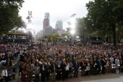 The faithful attend the closing Mass of the World Meeting of Families celebrated by Pope Francis on Benjamin Franklin Parkway in Philadelphia Sept. 27. (CNS photo/Paul Haring)