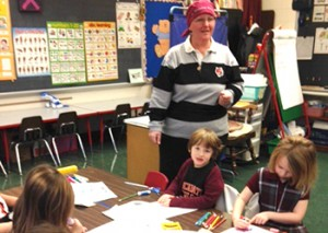 Lisa Miller, a kindergarten teacher at St. Nicholas Academy, as used her battle with breast cancer as way to teach her students lessons of faith. (CT Photo/Eileen Connelly, OSU)