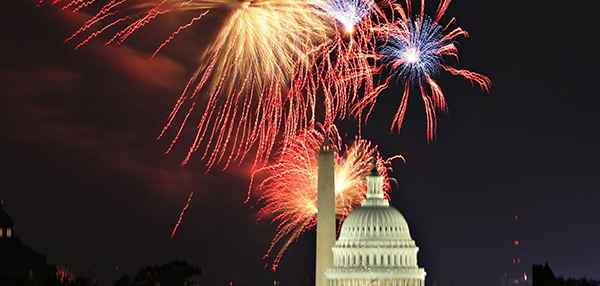 Fireworks light up the sky over Washington on Independence Day, July 4, 2009. The annual U.S. holiday marks the anniversary of the adoption of the Declaration of Independence in 1776. (CNS photo/Hyungwon Kang, Reuters) (June 17, 2009)