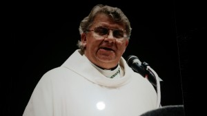 "Bishop Moeddel speaks to ""Answer the Call"" 1998."