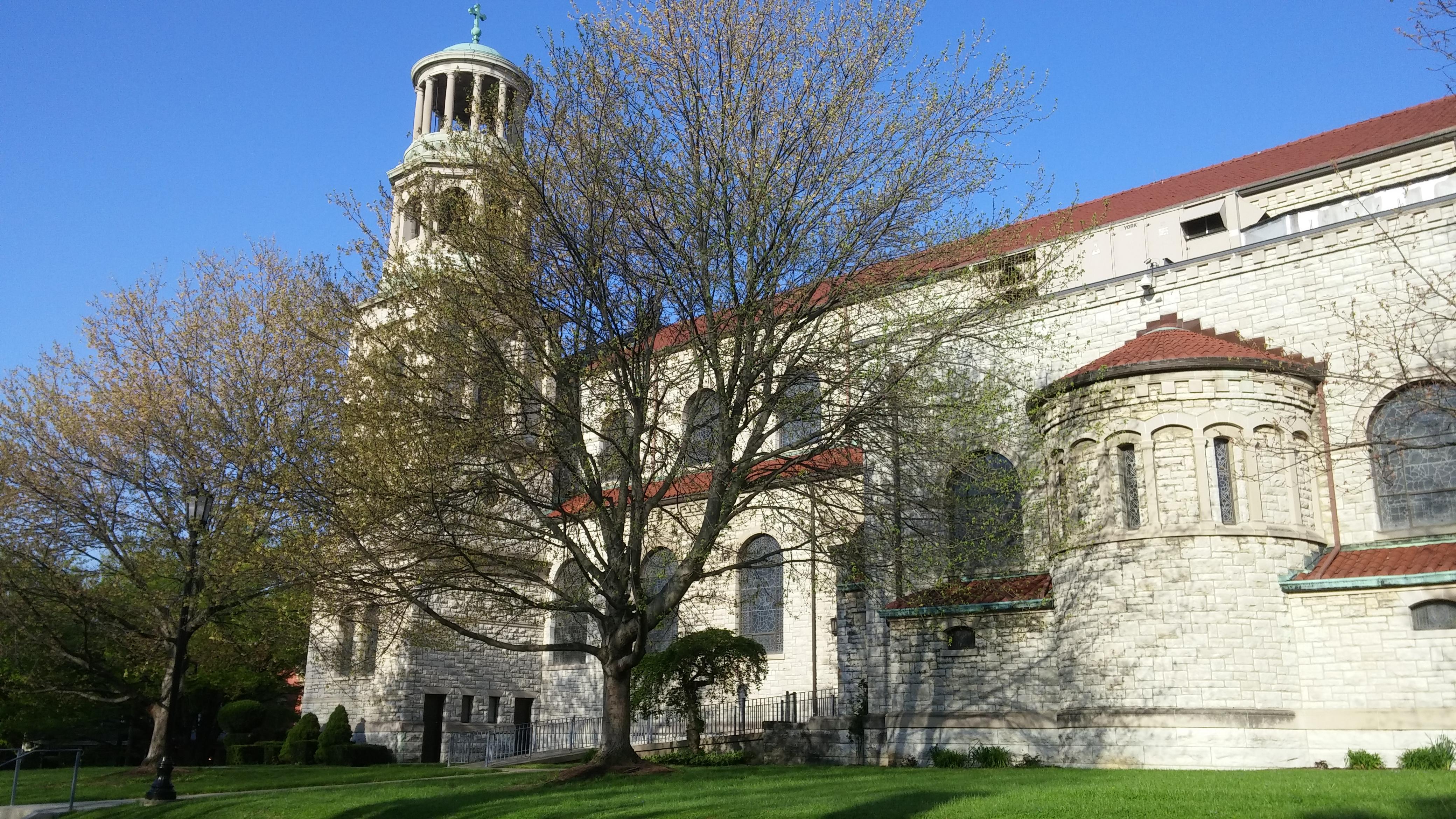 Holy Thursday Morning at St. Boniface Cincinnati (Greg Hartman/CT Photo)