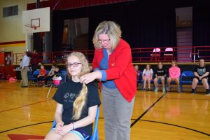 Beautiful Lengths 2017 -Beth Hobbs (7th grade) and mother Julie Hobbs (Courtesy Photo)