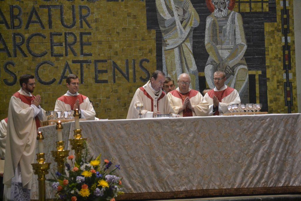 Eucharistic Prayer, The Most Reverend Dennis M. Schnurr, Bishop Joseph Binzer, Reverend Peter Langenkamp, Reverend David Doseck (CT Photo/Greg Hartman