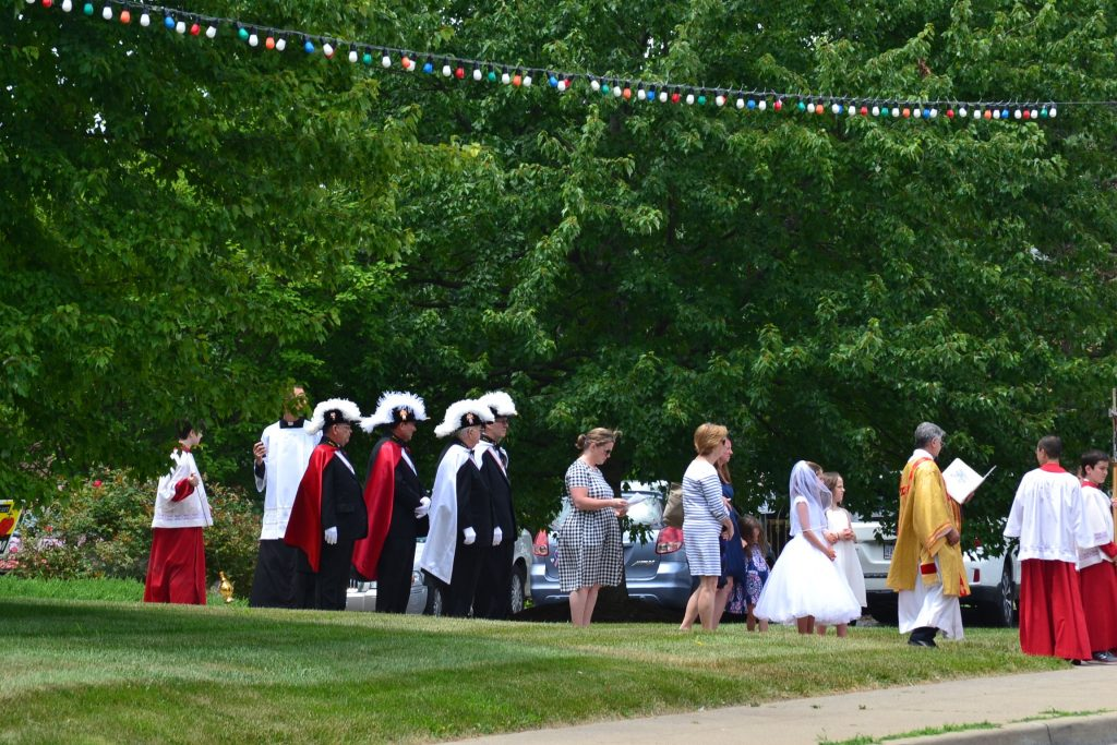 The Corpus Christi procession begins at Guardian Angels Parish. (CT Photo/Greg Hartman)