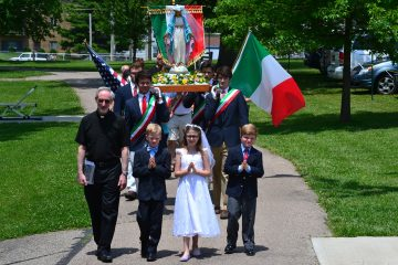 Marian Procession begins led by Fr. Anthony Dattilo and St. Catharine of Siena Westwood Grade School First Communicants. (CT Photo/Greg Hartman)