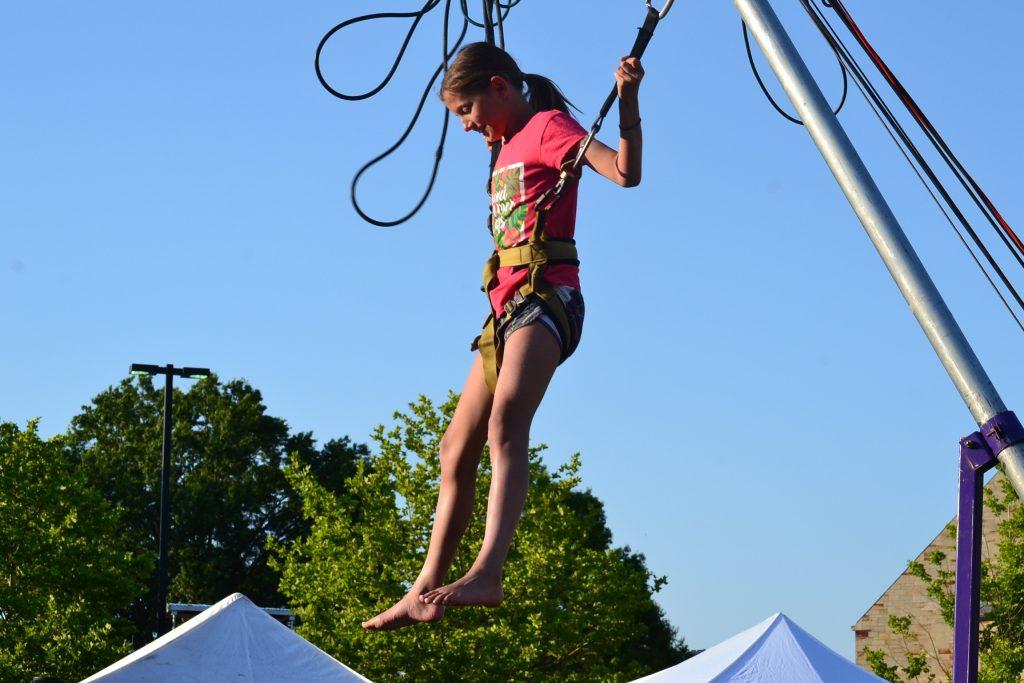 Look guys, I'm almost flying (CT Photo/Greg Hartman)