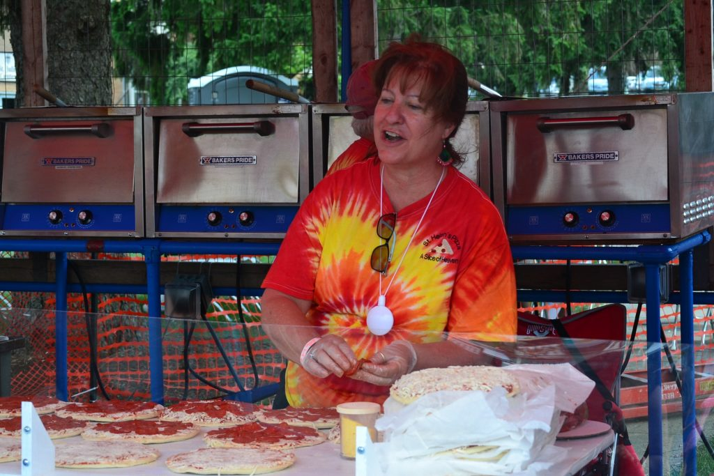 Great Pizza and service from the festival volunteers. (CT Photo/Greg Hartman)