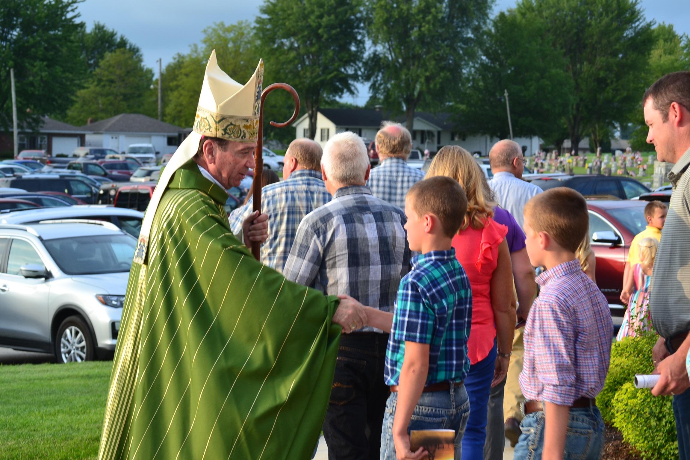 Greeting the faithful at the Rural Farm Mass 2017 (CT Photo/Greg Hartman)