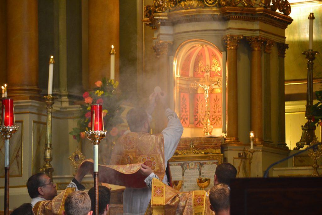 Eucharistic Prayer (CT Photo/Greg Hartman)
