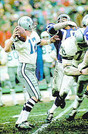"""Purcell alumnus Roger Staubach heaves the """"Hail Mary"""" pass to wide receiver Drew Pearson in 1975. (Courtesy Photo)"""