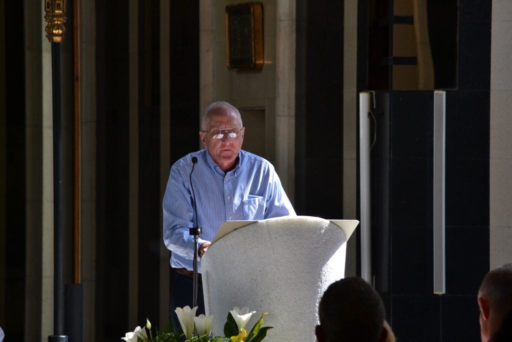 Bob Wait reads at Our Lady of Meritxell in Andorra. (CT Photo/Greg Hartman)