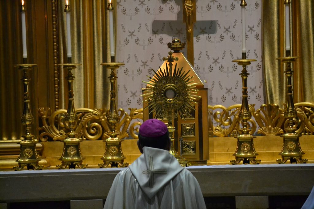 Archbishop Schnurr in prayer at the Statewide Day of Adoration for Vocation (CT Photo/Greg Hartman)