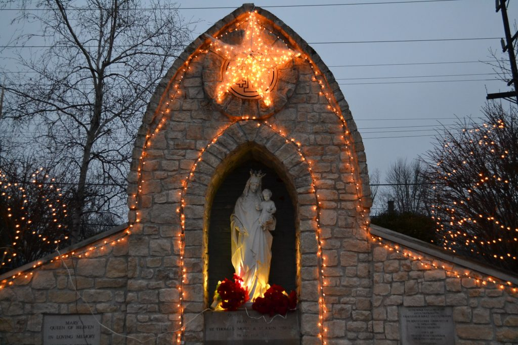 Lights for the Queen of Heaven at St. Thomas More (CT Photo/Greg Hartman)