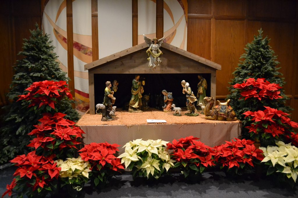 All is in ready at Guardian Angels Parish on the Fourth Sunday of Advent (CT Photo/Greg Hartman)