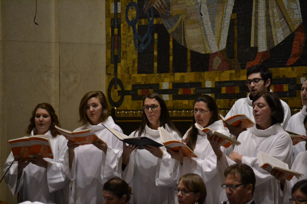 The Choir of St. Peter in Chains Cathedral during the Christmas Choral Prelude)