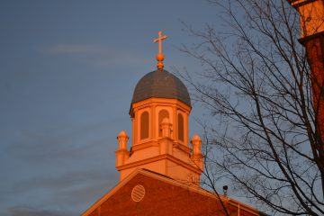 UD's Immaculate Conception Chapel at sunset for Christmas at UD. (CT Photo/Greg Hartman)