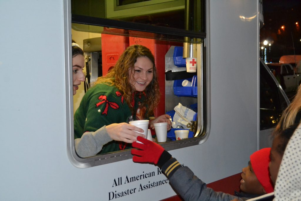 A popular place to be on campus, hot chocolate and service with smiles! (CT Photo/Greg Hartman)