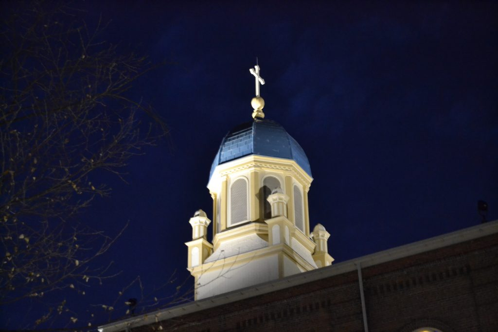 The bell tower at UD's Immaculate Conception Chapel stands vigil over Christmas at UD (CT Photo/Greg Hartman)