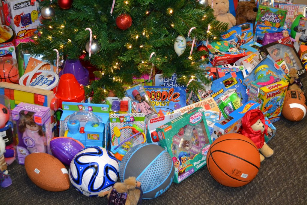 Joy of Giving 2017 Central Offices, Archdiocese of Cincinnati. (CT Photo/Greg Hartman)