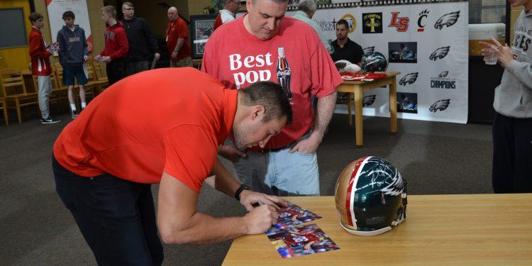 Garrett Celek signs an autograph at La Salle High School (CT Photo/Greg Hartman)