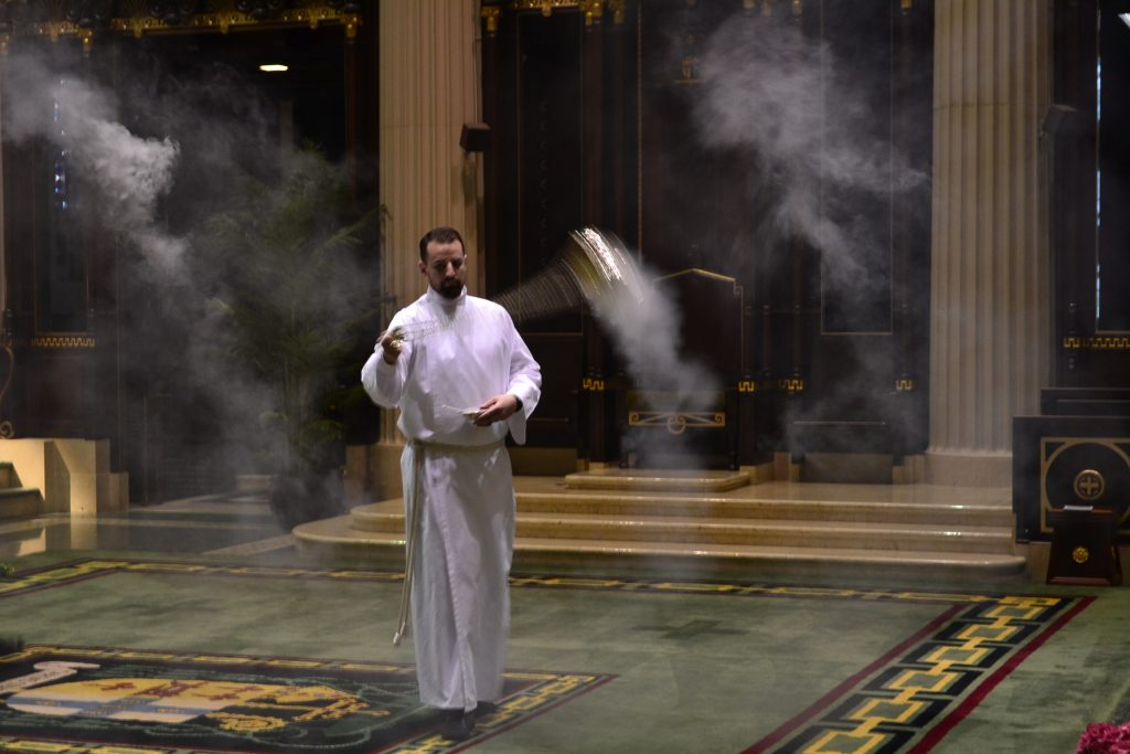 The fragrant smell of incense filled the Cathedral to celebrate the Risen Jesus Christ. (CT Photo/Greg Hartman)
