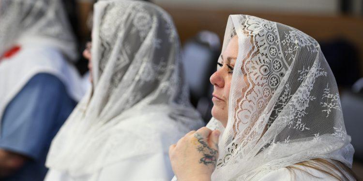 Easter Mass at Dayton Correctional Institution, Monday April 2, 2018. (CT Photo/Mark Bowen)