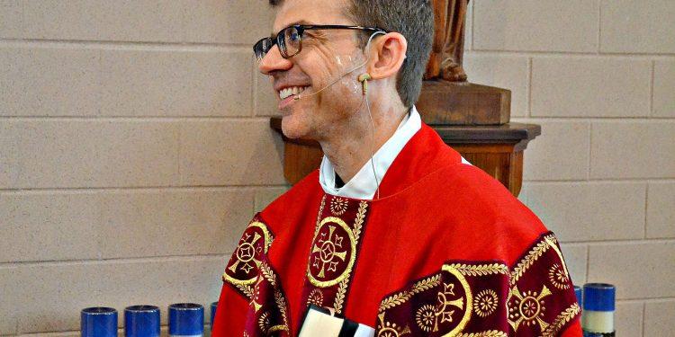 Rev. Craig Best (CT Photo/Greg Hartman)