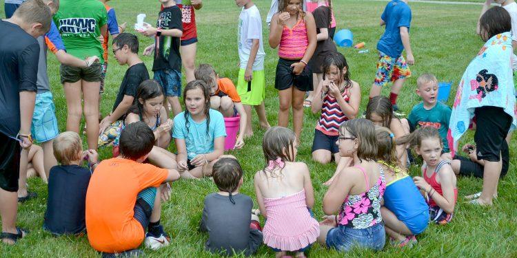 Totus Tuus fun at St. Bernadette (CT Photo/Greg Hartman)