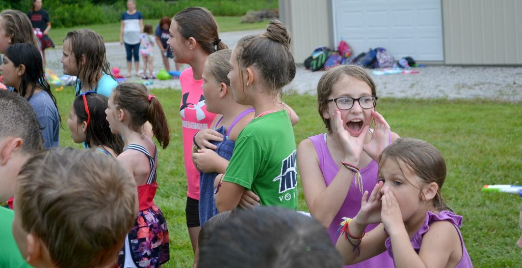 And now the girls turn to sing! (CT Photo/Greg Hartman)