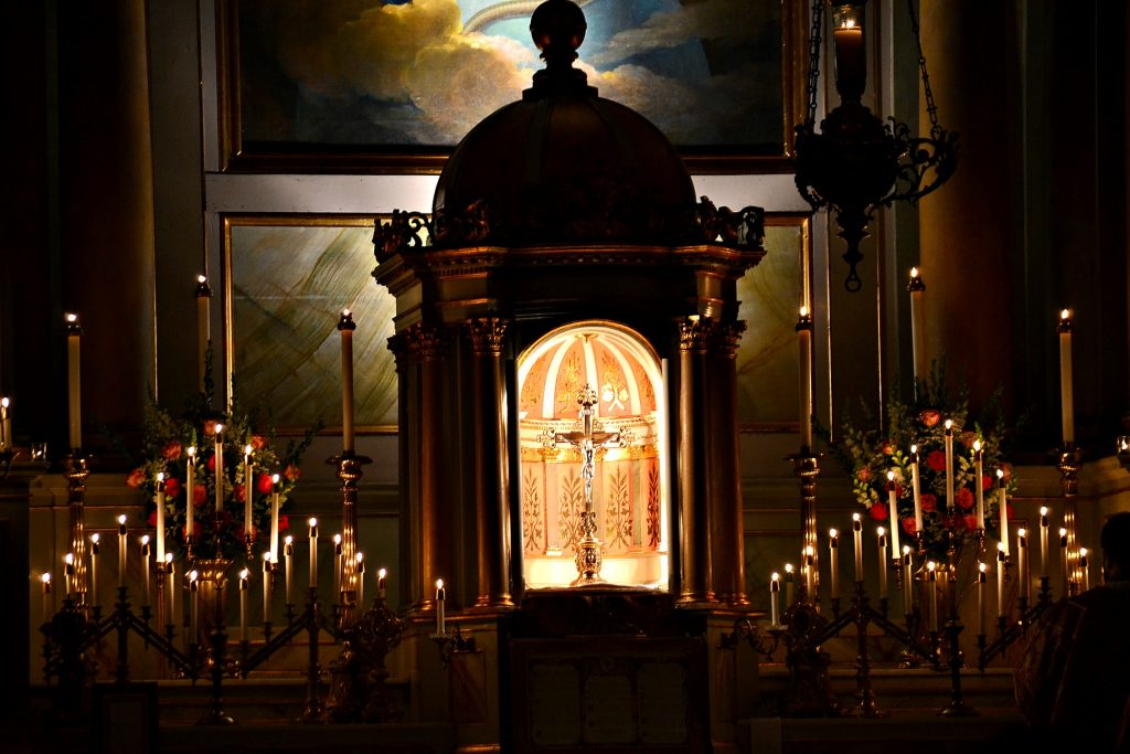 """""""The light shines in the darkness, and the darkness has not overcome it.""""(John 1:5) Rorate Mass Old St Mary, Dec 15, 2018 (CT Photo/Greg Hartman)"""