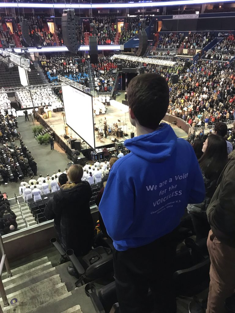 Hundreds pack arena for Mass before the March for Life. (CT Photo/Greg Hartman)