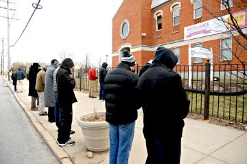 "Members of ""Helpers of God's Precious Infants"" pray the rosary in front of Plannned Parenthood's Auburn Ave. Surgical Center on Saturday, Feb. 16. The group, which is praying for an end to abortion, holds a vigil at the center every first, third and fourth Saturday of the month. A similar vigil is conducted at Planned Parenthood's Westen Hills center on the second Saturday of each month. (CT Photo/David Moodie)"
