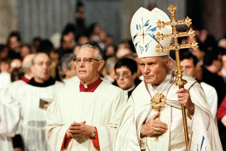 St. John Paul II in St. Peter's Basilica, March 25, 1983. Credit: L'Osservatore Romano.