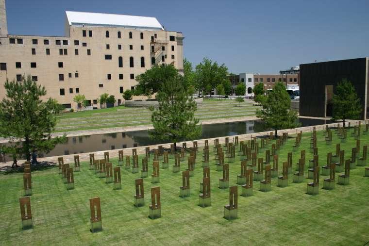 Oklahoma City Memorial. Brad Whitsitt / Shutterstock