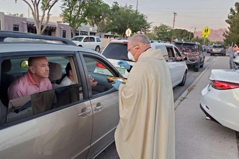 Bishop Peter Baldacchino celebrates Mass on Holy Thursday. Credit: David McNamara/Diocese of Las Cruces