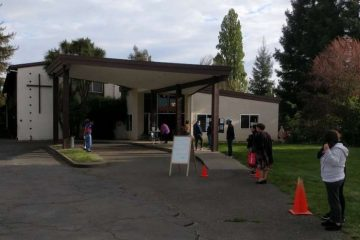 Kolbe Academy prepares to distribute food in Napa, California. Courtesy photo.
