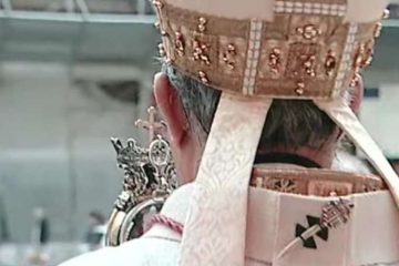 The Archbishop of Naples blesses the city with St. Januarius' liquefied blood. Credit: Vatican Media